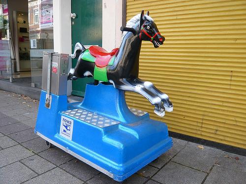 kiddie-rides-at-tay