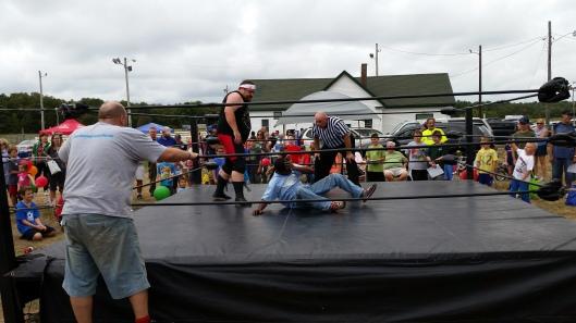 Free Wrestling Lesson.  Image: The Professor