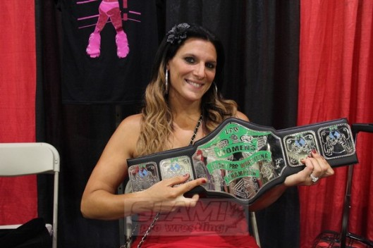 Nikki Valentine at New England Fan Fest 2015 with her Lucky Pro Belt. Image: Christine Coons